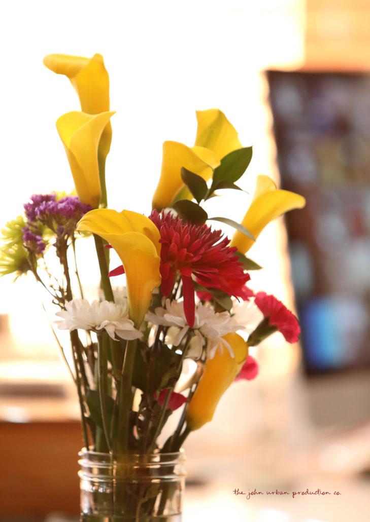 sweet-pretty-girl-flowers